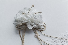 """BAPTISM BOX """"FLOWERS WITH LACE"""""""