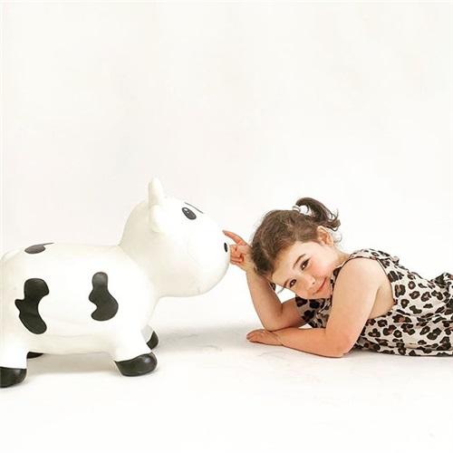 BELLA THE COW KidZZ FARM