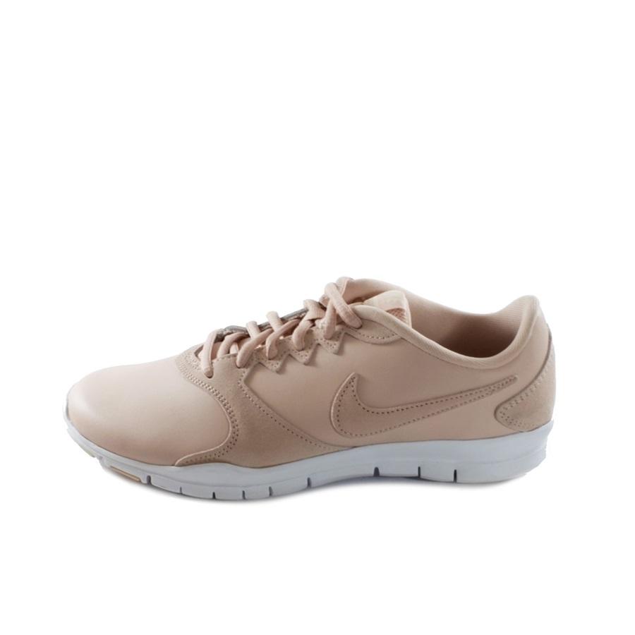 553bf0f75b WMNS NIKE FLEX ESSENTIAL TR LT | Αθλητικά παπούτσια, Αθλητικά είδη ...